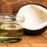 Cách làm dầu dừa để dưỡng da, trị mụn tại nhà - thanh pham dau dua 150x150