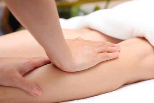 Những phương pháp tự nhiên trị rạn da đùi cực kỳ hiệu quả - dieu tri ran da o tuoi day thi 1
