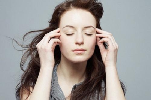 Cách massage nâng cơ mặt chảy xệ hiệu quả chỉ trong 10 phút - nang co mat chay xe 3