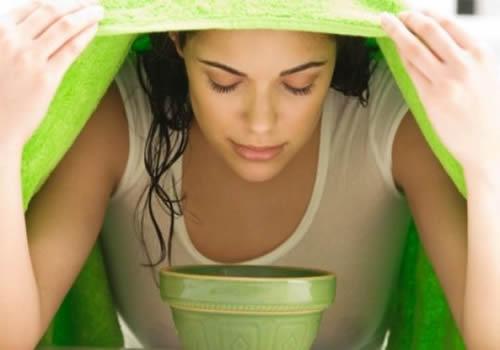 Cách xông hơi mặt với dầu dừa cho da sạch mụn và mịn màng - 1389186442 facial steaming