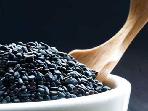 bài thuốc dân gian giúp người tóc bạc sớm đen tóc trở lại