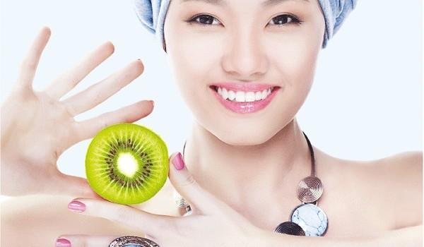 Kiwi là quả gì? Quả kiwi có tác dụng gì với sức khỏe và làm đẹp? - mat na kiwi 1 600x350
