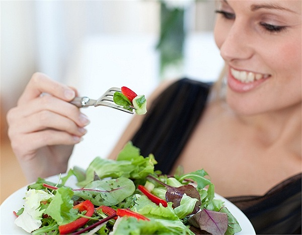 ăn rau xanh