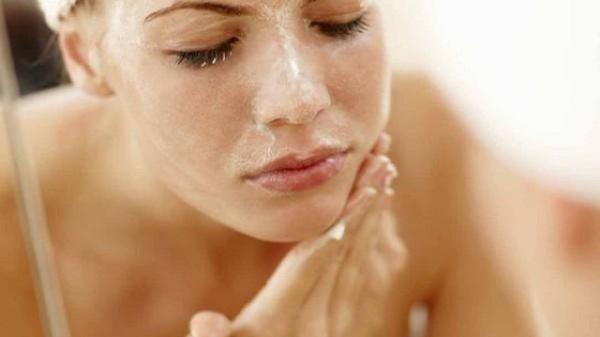 Da mặt bị sạm đen chữa thế nào 3