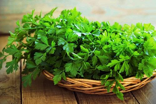 Cách trị nám, tàn nhang bằng rau xanh cực hiệu quả