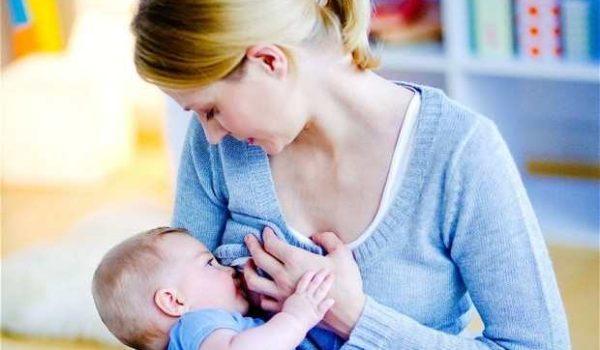 Phụ nữ có thai và cho con bú uống Collagen được không? - phu nu cho con bu 600x350