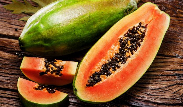 Top 10 cách chữa ợ hơi cực hay ngay tại nhà - papaya2shutterstock 370485173