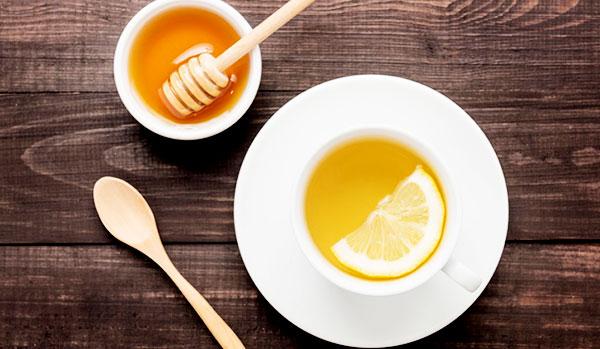 Đừng quên các mẹo đơn giản trị chứng trào ngược axit dạ dày - drink lemon honey water every day