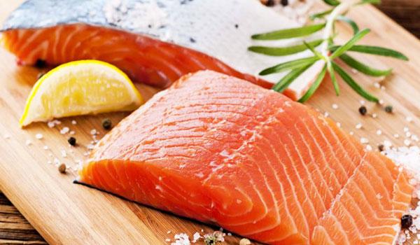 Nên ăn gì khi bị ợ chua, ợ hơi? - scottish salmon fresh food express