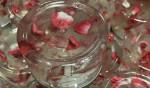 Tết đến nơi rồi, hãy đắp mặt nạ Collagen hoa hồng tự làm để dưỡng da thôi - mat na collagen hoa hong 150x88