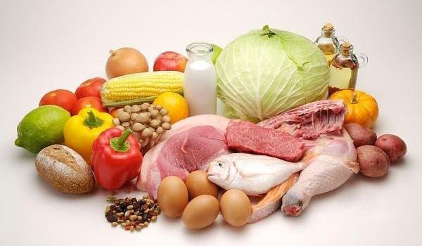 Cách tăng sức đề kháng cho người lớn - thit ca rau cu trung 600x350