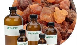 4  loại tinh dầu chống lão hóa da cực tốt - tinh dau nhua thom 1 300x175