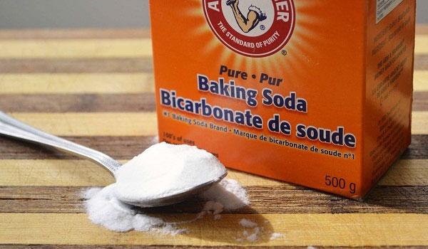 Làm thế nào để thoát khỏi sẹo và vết thâm do mụn một cách tự nhiên - baking soda