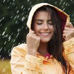 Bạn đã biết cách chăm sóc tóc trong mùa mưa? - cham soc toc trong mua mua 150x150