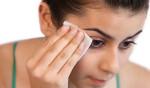 50 tác dụng của dầu dừa trong việc bảo vệ sức khỏe và sắc đẹp - tay trang bang dau dưa 150x88