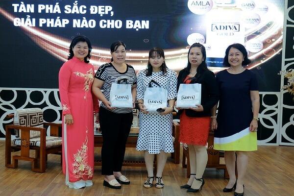 """Nhãn hàng ADIVA hội thảo """"Đường - Tàn Phá Sắc Đẹp, Giải Pháp Nào Cho Bạn"""" tại tỉnh An Giang"""