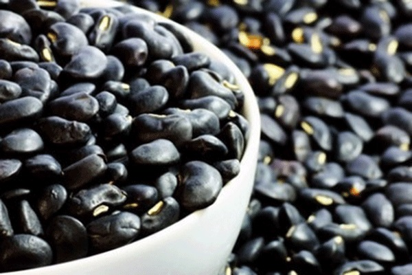 Đậu nành đen -1 trong6 siêu thực phẩm màu đen tốt cho làn da và sức khỏe