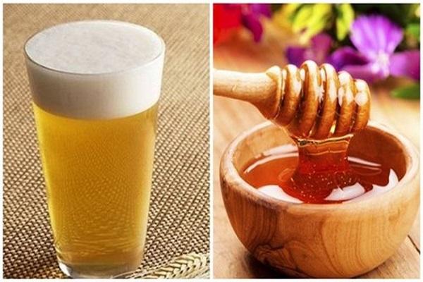 4 cách dùng bia ủ tóc chống khô xơ, gãy rụng - cach duong toc kho xo 2