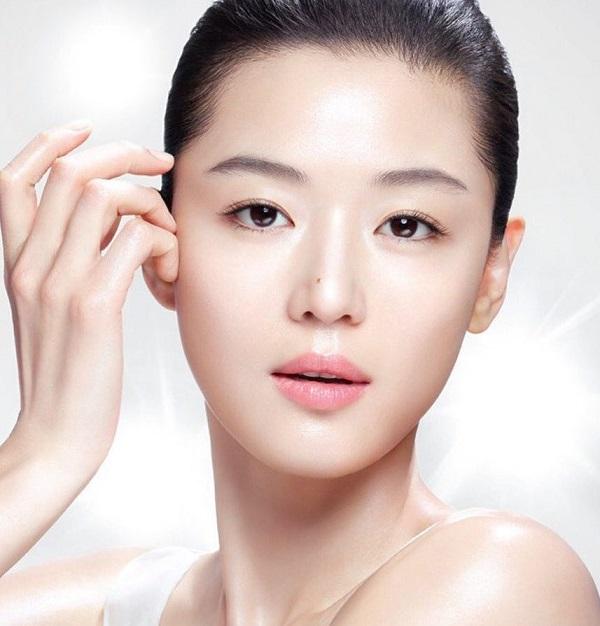 Tại sao phụ nữ sau tuổi 40 cần phải bổ sung Collagen ADIVA GOLD ?
