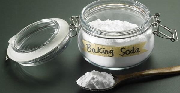 Những lưu ý khi sử dụng baking soda làm trắng nách