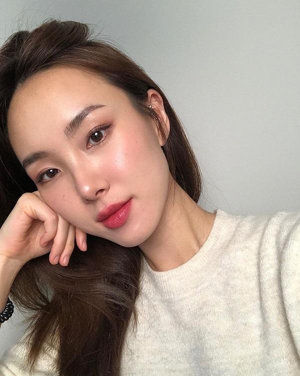 Loại Collagen nào tốt cho phụ nữ theo từng lứa tuổi?