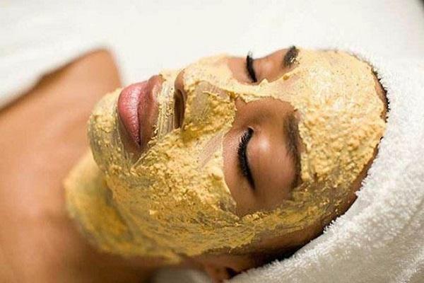 Phục hồi da sau khi sử dụng rượu thuốc bằng mặt nạ