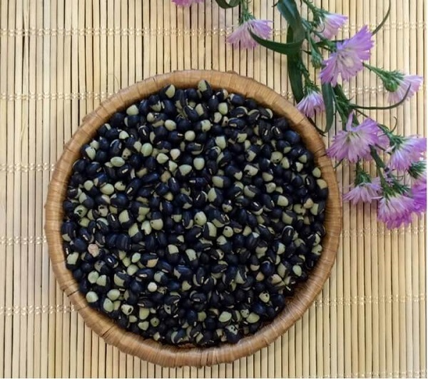Công dụng của đậu đen xanh lòng chăm sóc sức khỏe và làm đẹp - cong dung cua dau den xanh long