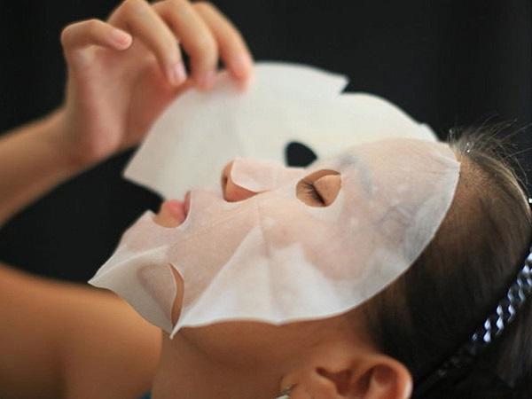 Bí kíp đắp mặt nạ giấy đúng cách tại nhà - dap mat na giay dung cach2