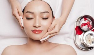 Các bước chăm sóc da mặt chuẩn từ chuyên gia - cac buoc cham soc da mat 1 300x175