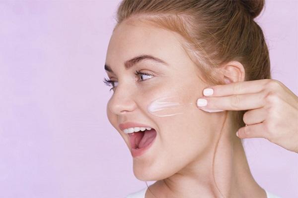 Hãy cung cấp độ ẩm và dưỡng chất cho da