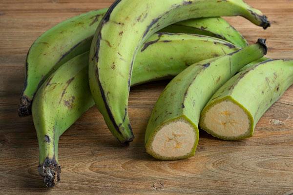 Thành phần dinh dưỡng và lợi ích sức khỏe của chuối cứng - plantains 1