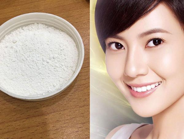 Vitamin C dạng bột có lợi ích gì cho da mặt của bạn không? - bot vitamin C xoa nep nhan