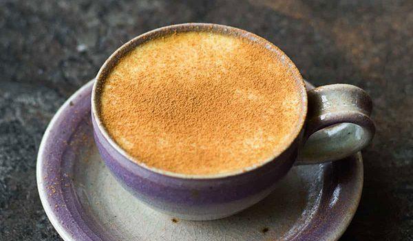 12 lợi ích sức khỏe tuyệt vời của cà phê nghệ và cách pha chế nó - ca phe nghe moi 1 600x350
